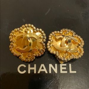 Authentic Vintage Chanel earrings clip on